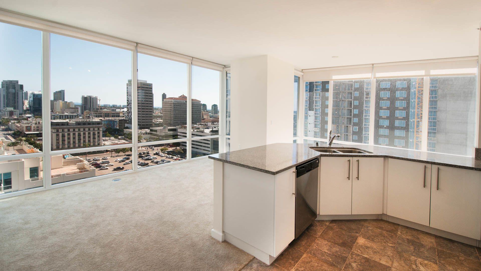 Vantage Pointe ApartmentsDowntown San Diego1281 9th Avenue