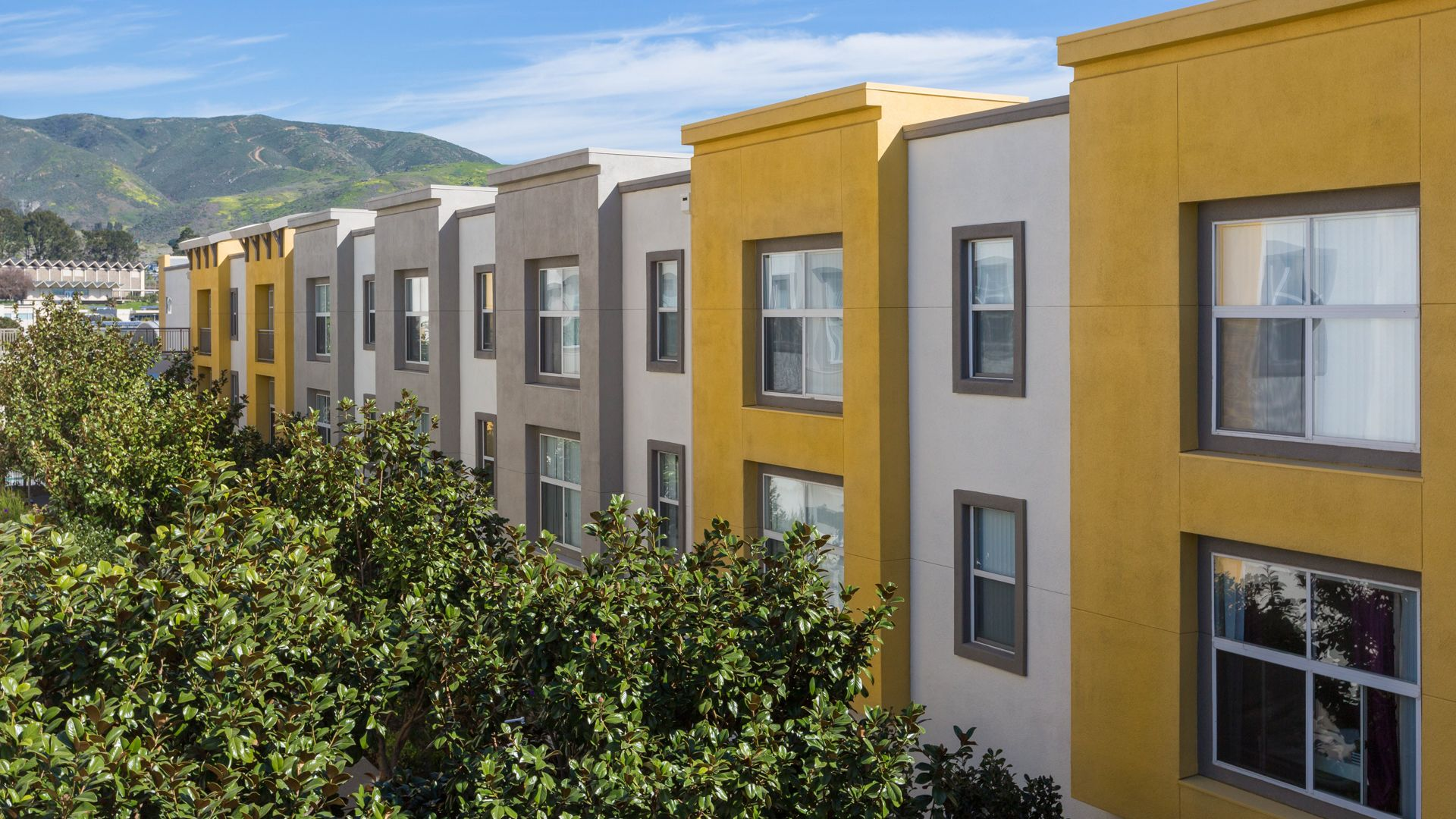 South City Station Apartments