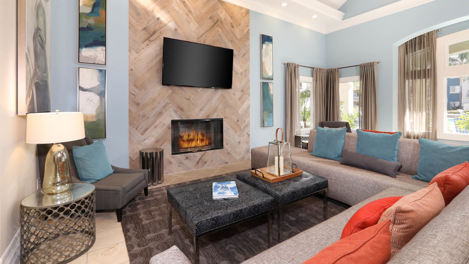 Sonterra at Foothill Ranch Apartments - Resident Lounge