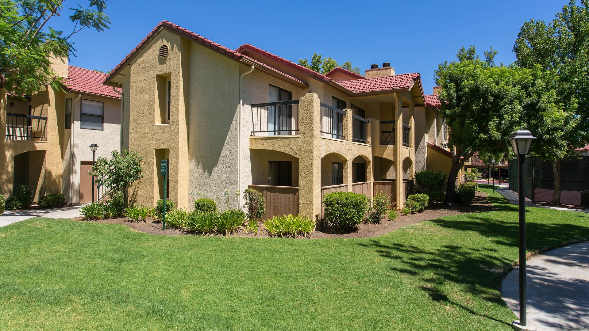 Summerset Village Apartments