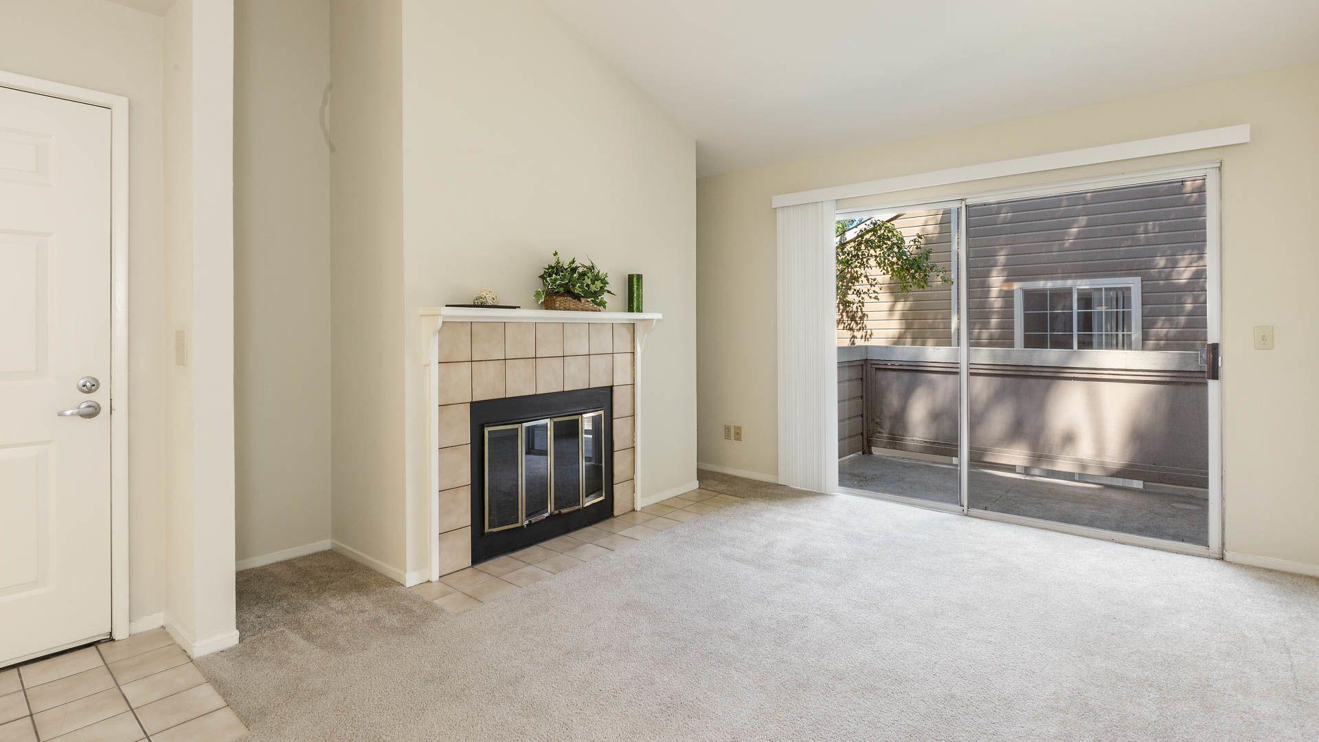 Canyon Creek Apartments - Living Room