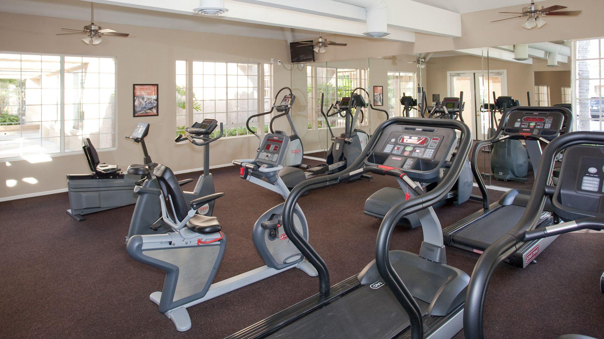 Vista Del Lago Apartments - Fitness Center