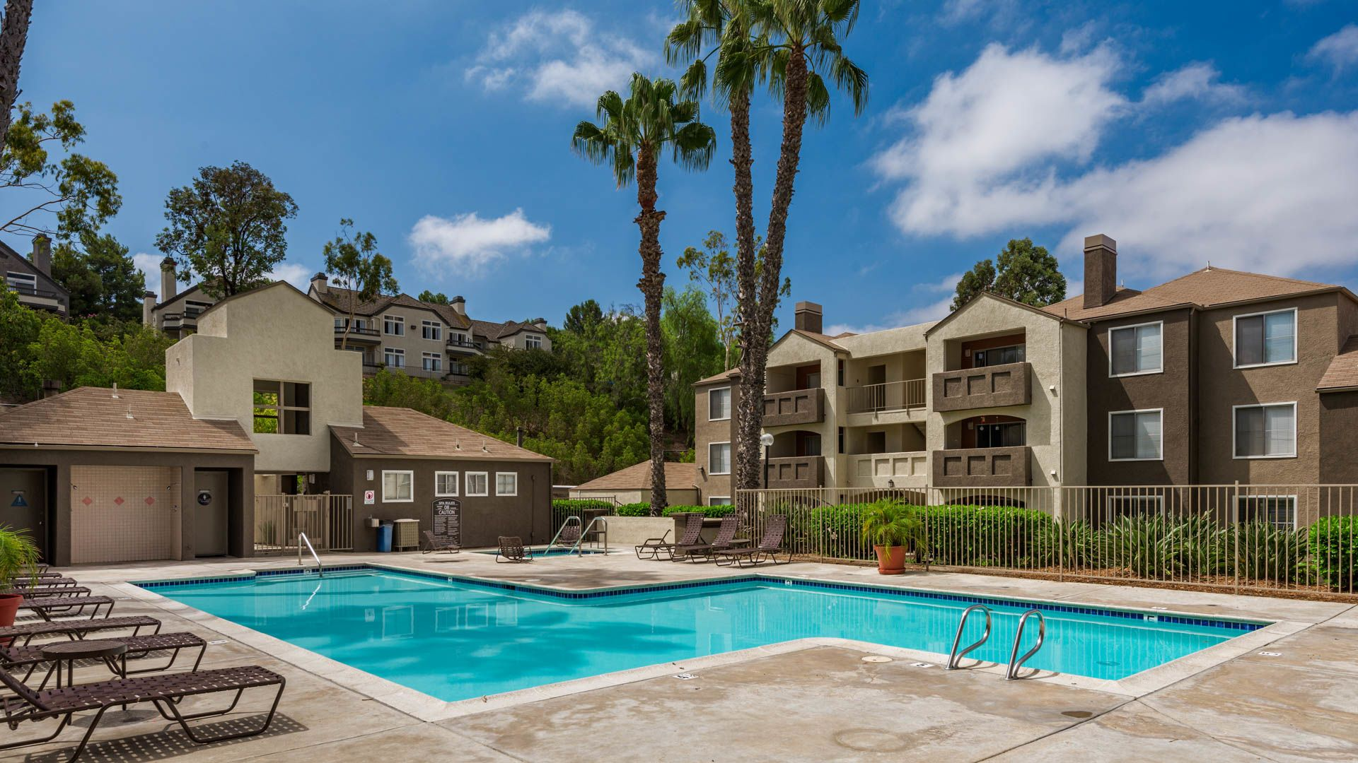 Carmel Terrace Apartments - Swimming Pool