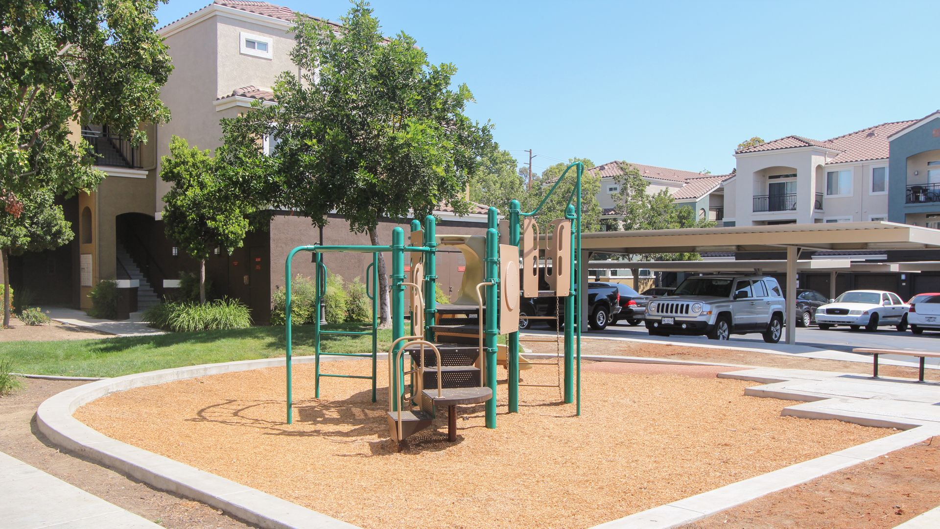 Centre Club Apartments - Playground