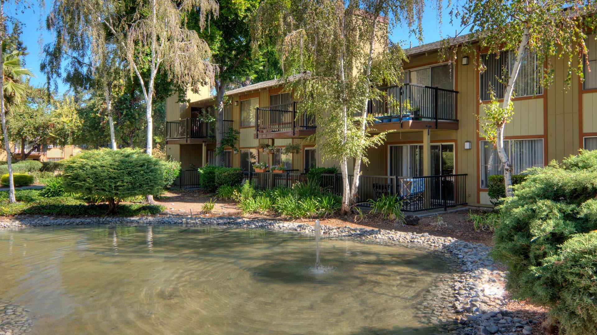 Laguna Clara Apartments - Exterior