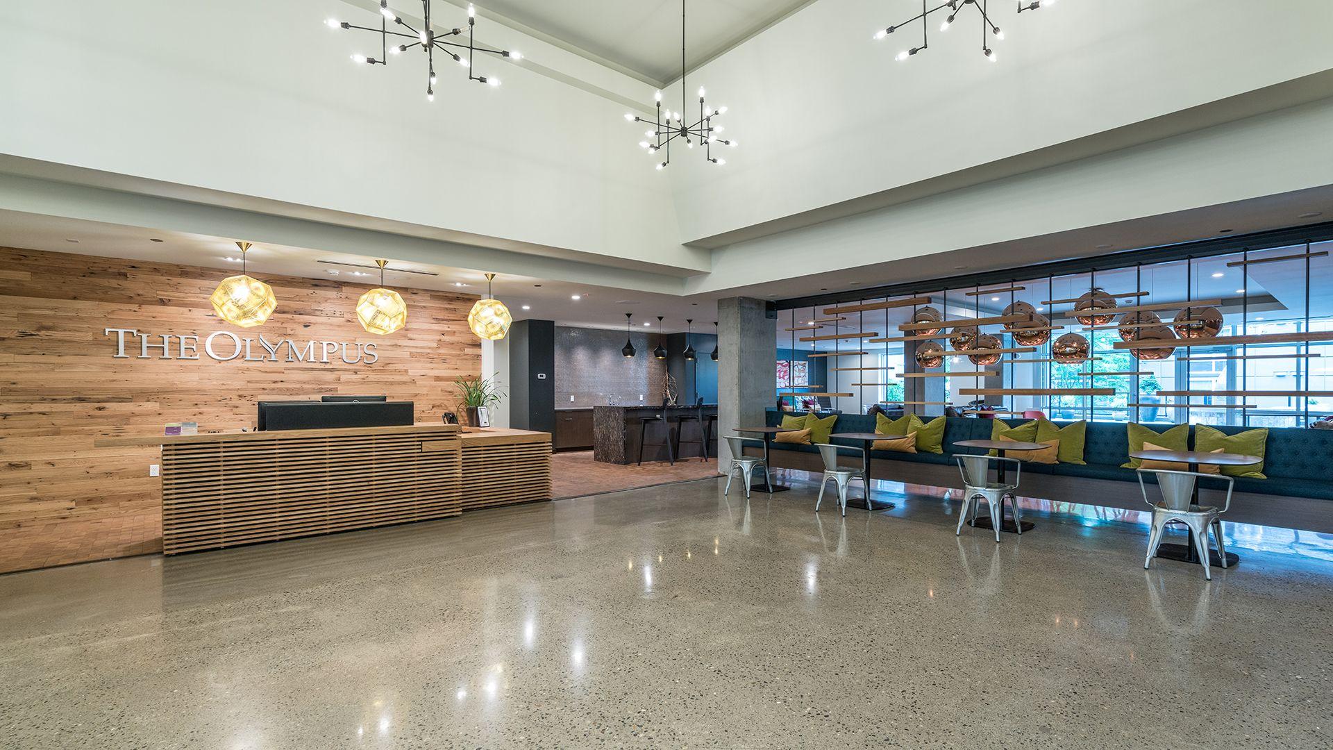 Olympus Apartments - Lobby