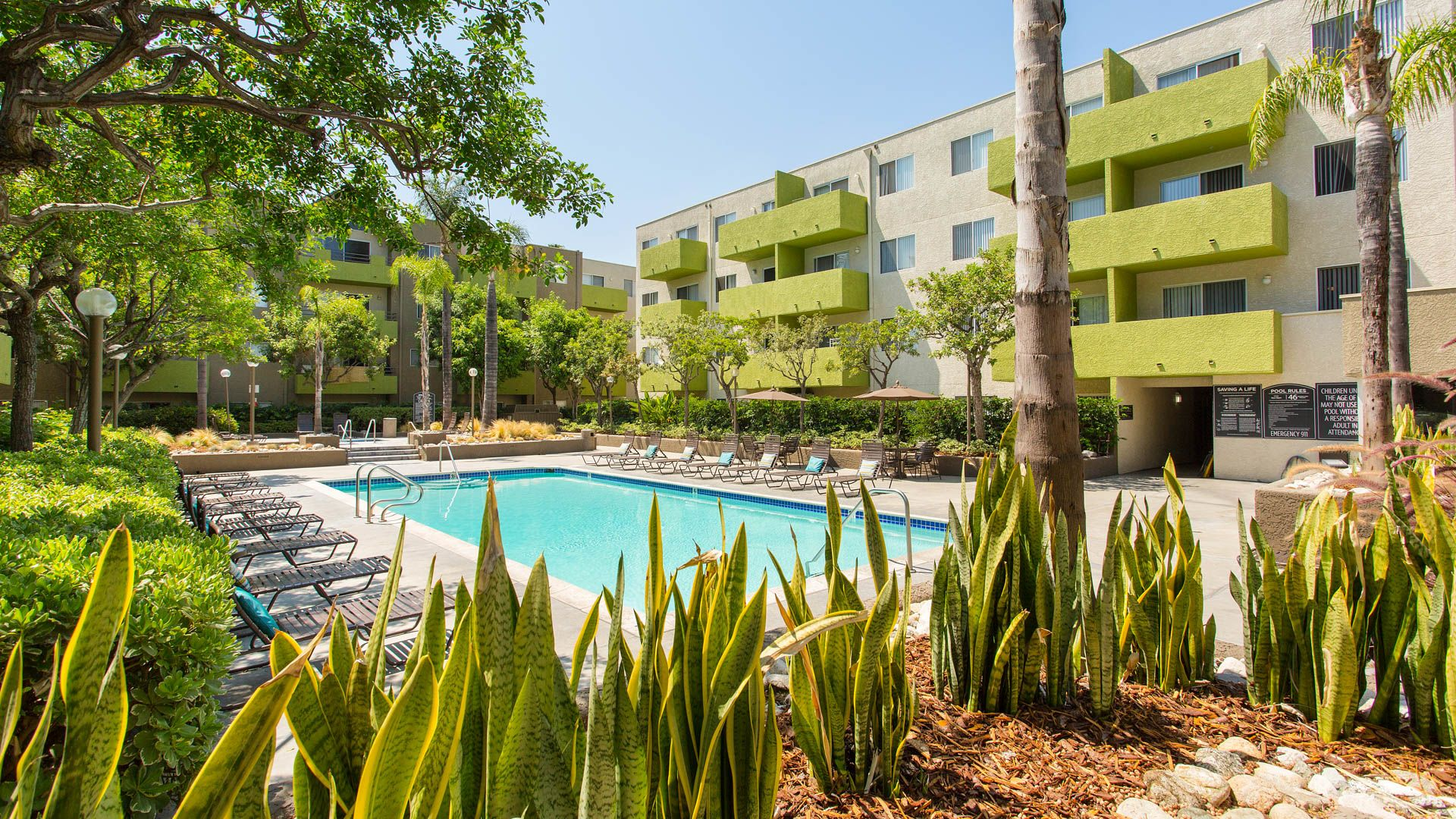 Hampshire Place Apartments - Koreatown, Los Angeles - 501 S. New ...
