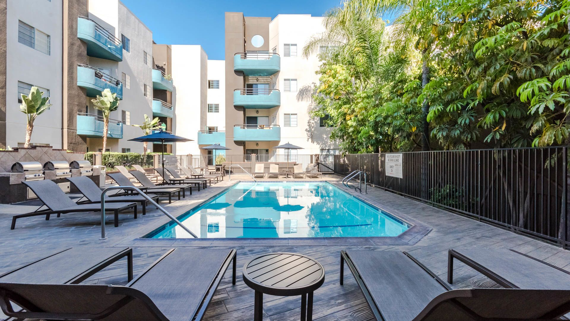 Academy Village Apartments - Swimming Pool