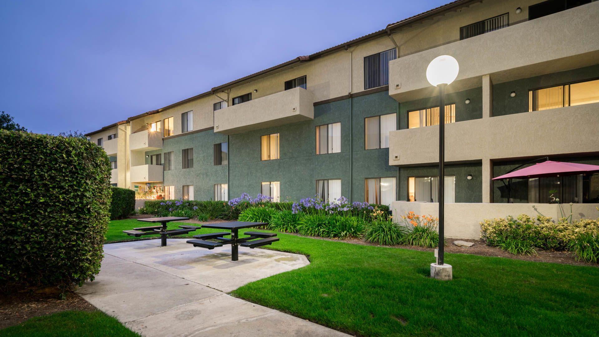 Ocean Crest Apartments - Exterior