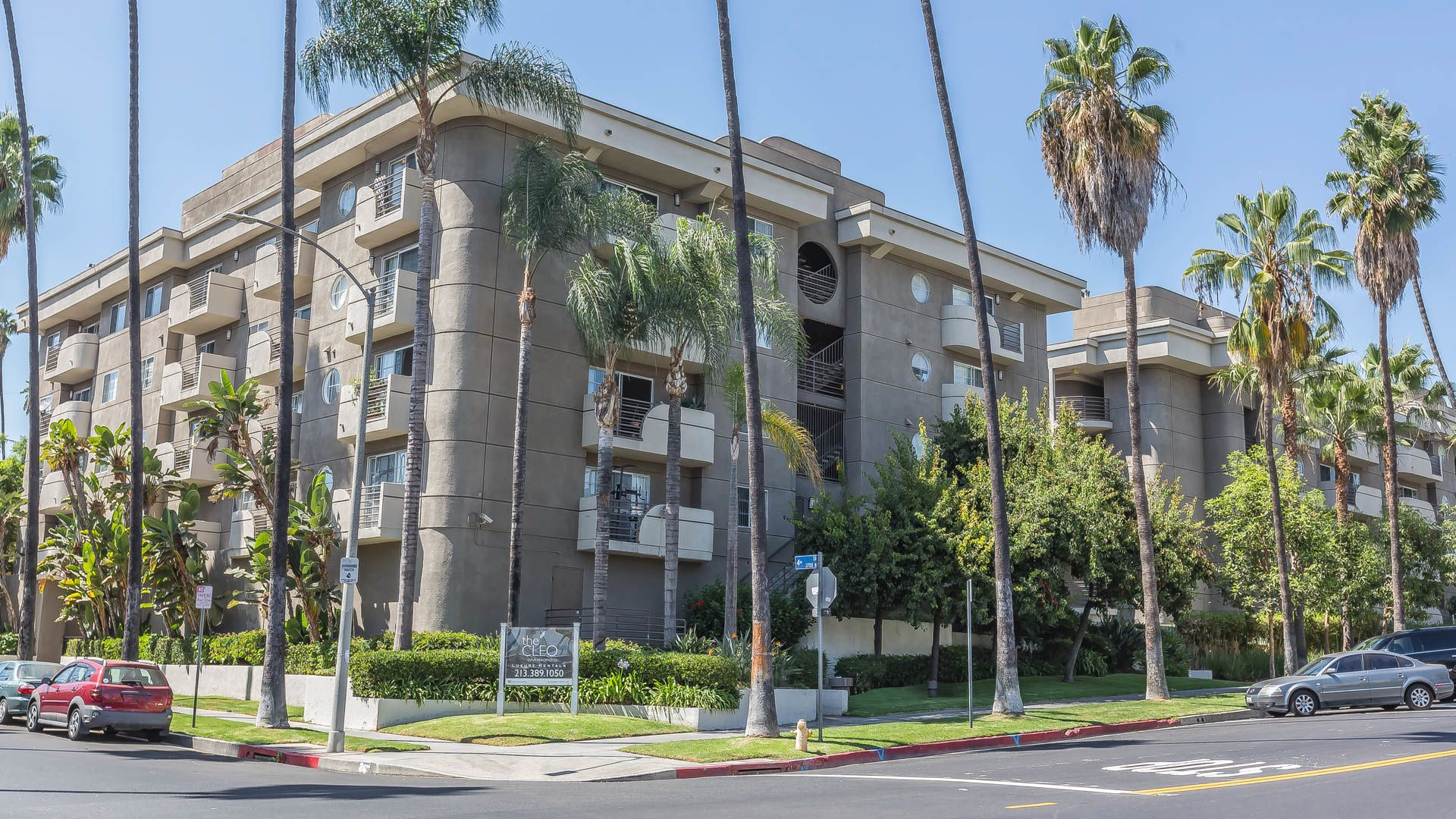 The Cleo Apartments Koreatown Los Angeles 345 S Alexandria Avenue 202