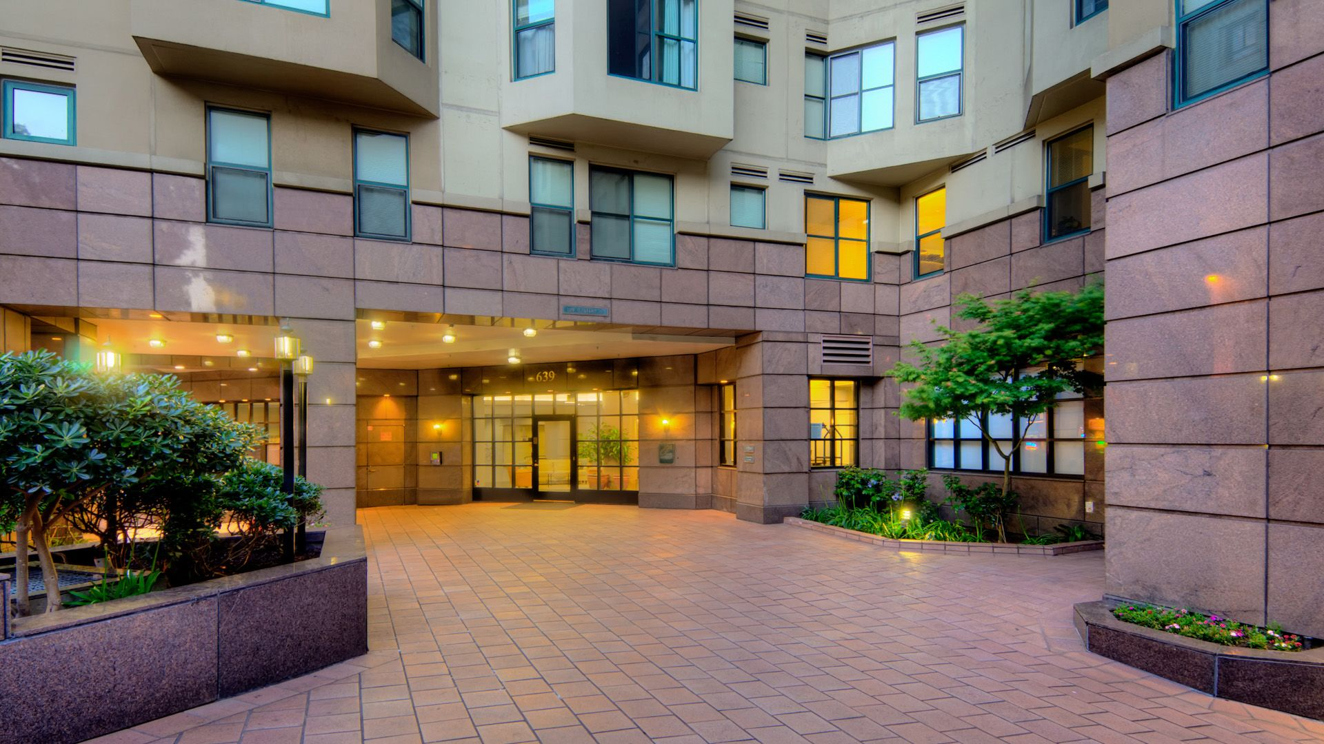 Geary Courtyard Apartments - Downtown San Francisco - 639 ...
