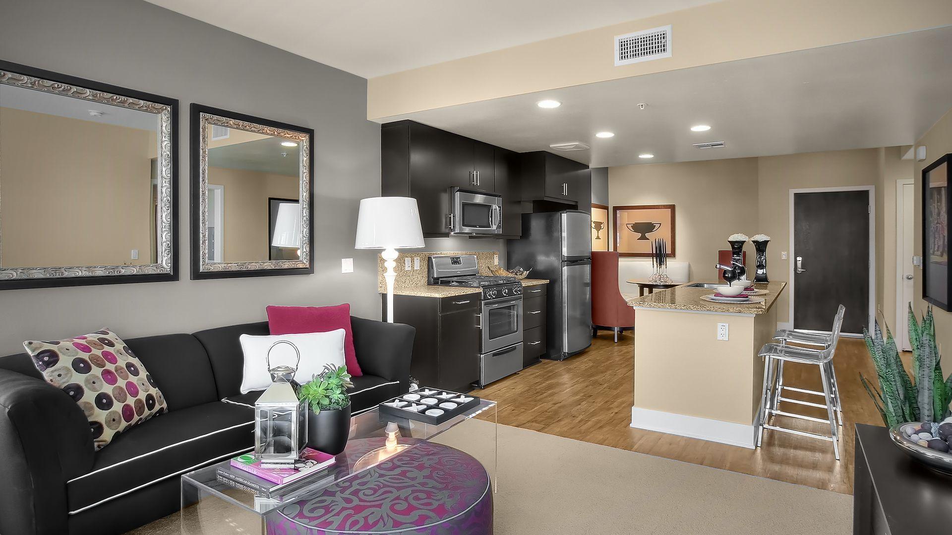 Westgate Apartments   Kitchen. Westgate Apartments   Old Town Pasadena   231 South De Lacey