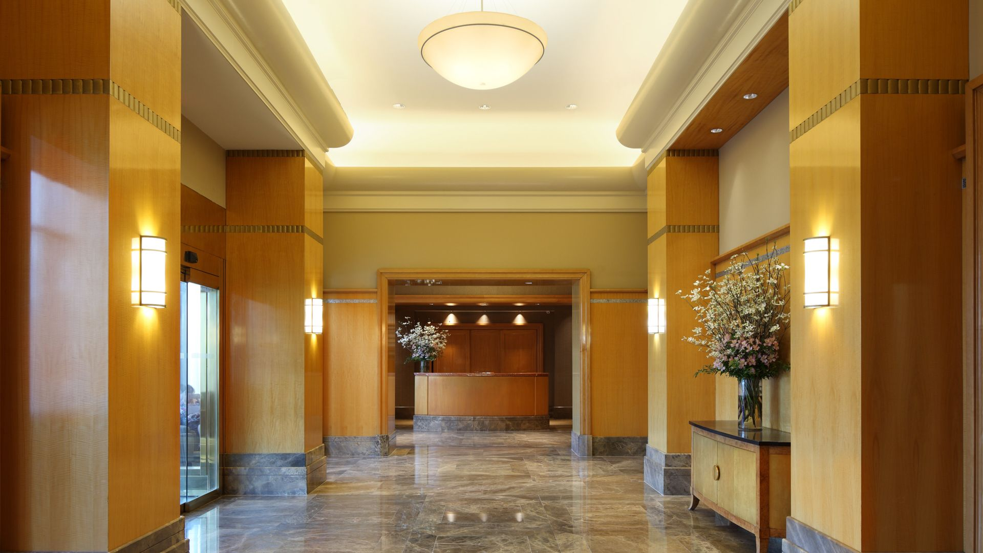 180 Riverside Boulevard Apartments - Lobby