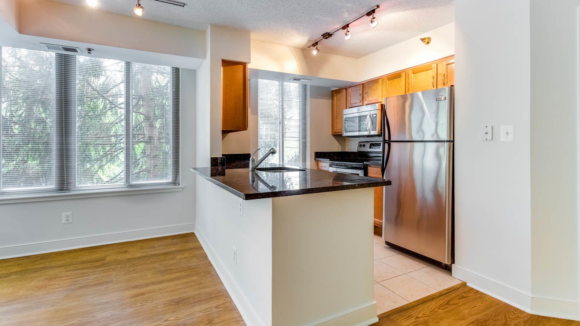 Edgemont at Bethesda Metro Apartments - Kitchen