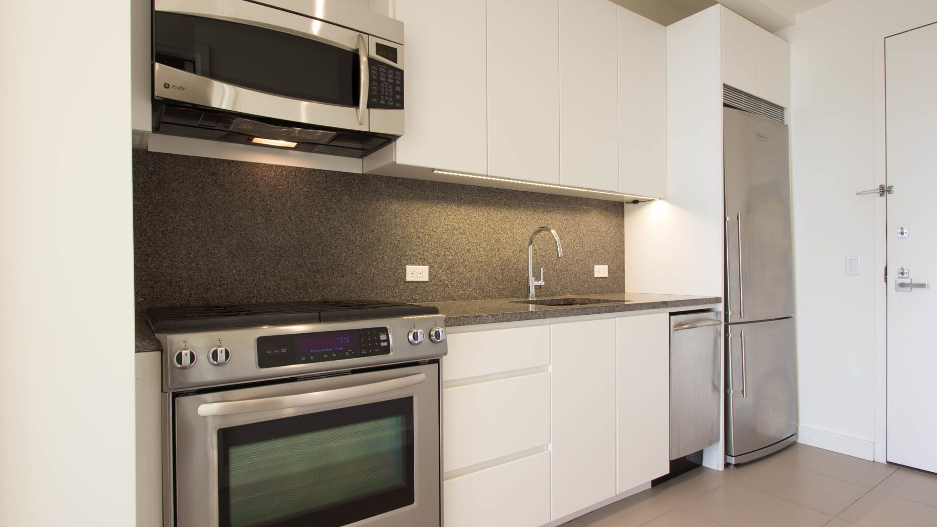 Studio Apartment Furniture Pleasing Studio Apartments Furniture In ...