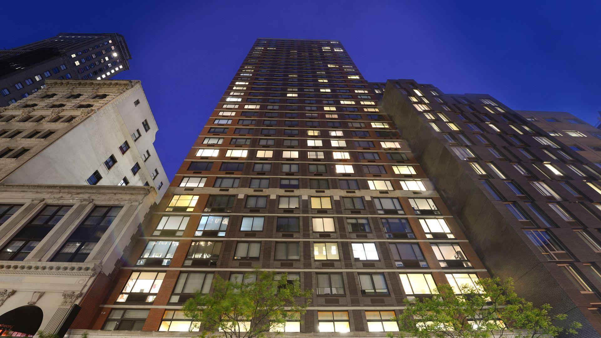 180 Montague Apartments - Exterior