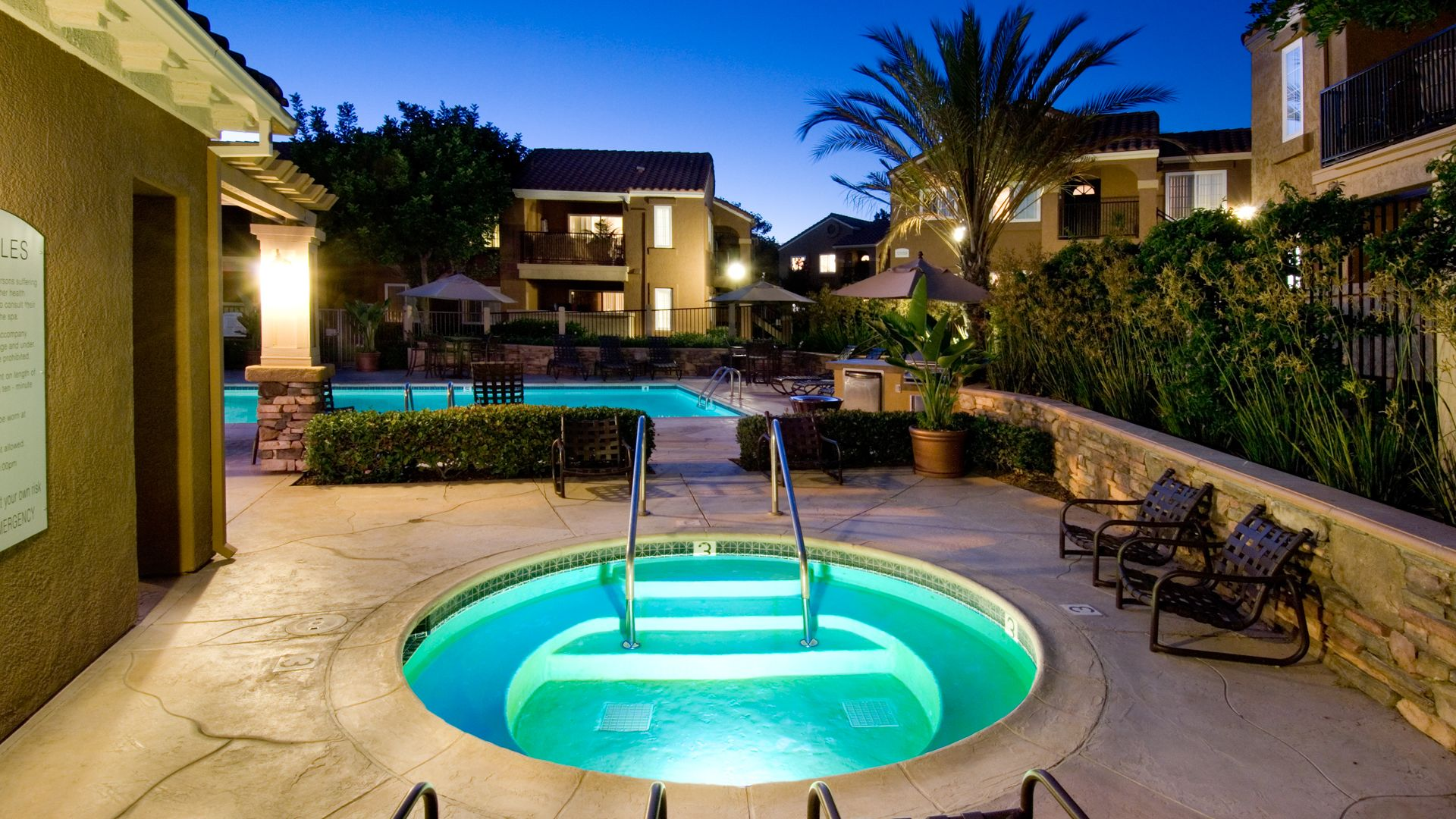 The Village at Del Mar Heights Apartments - Hot Tub