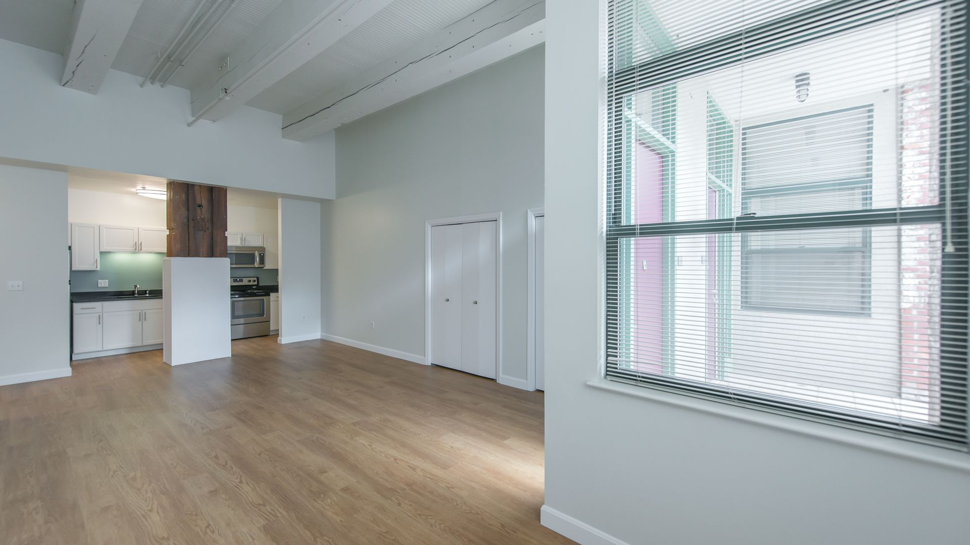 Lofts at Kendall Square Apartments - Living Area