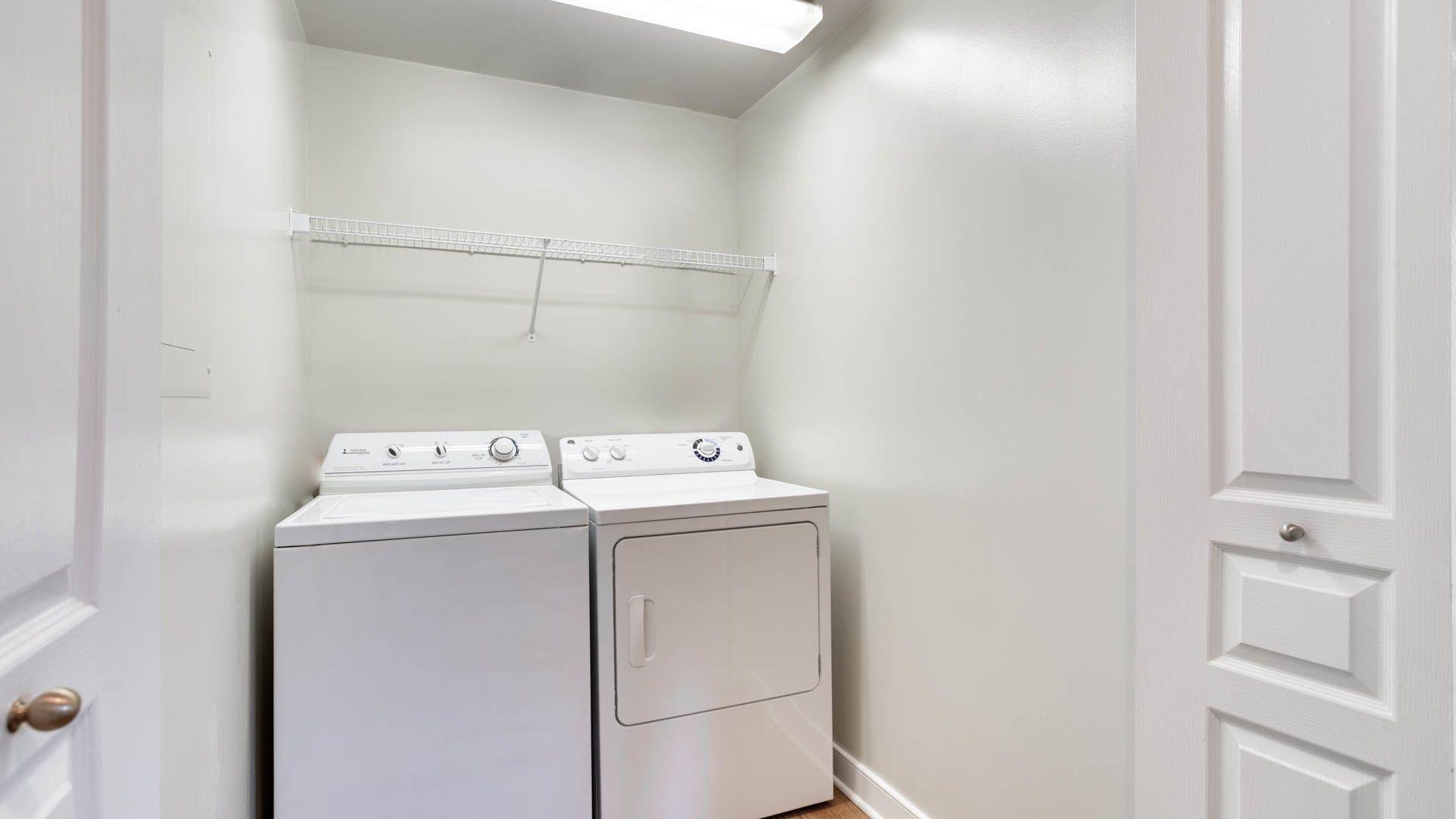 Park Connecticut Apartments in DC - Van Ness - 4411 Connecticut ...