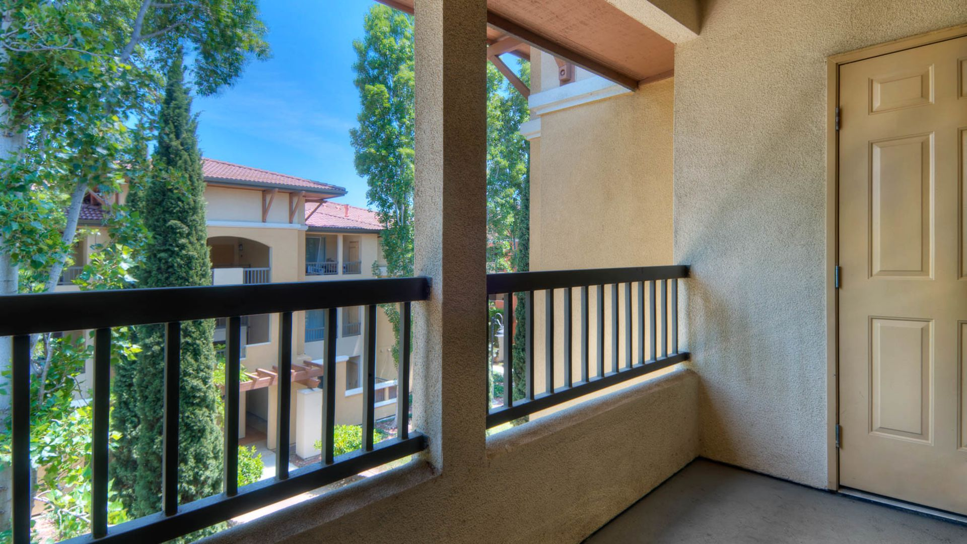Estancia at Santa Clara Apartments - Balcony