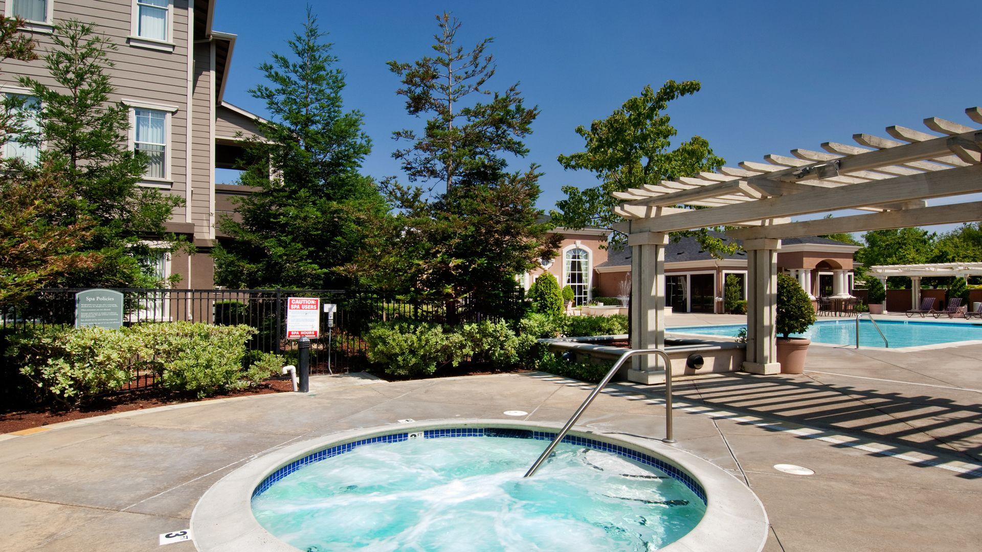 Park Hacienda Apartments - Hot Tub