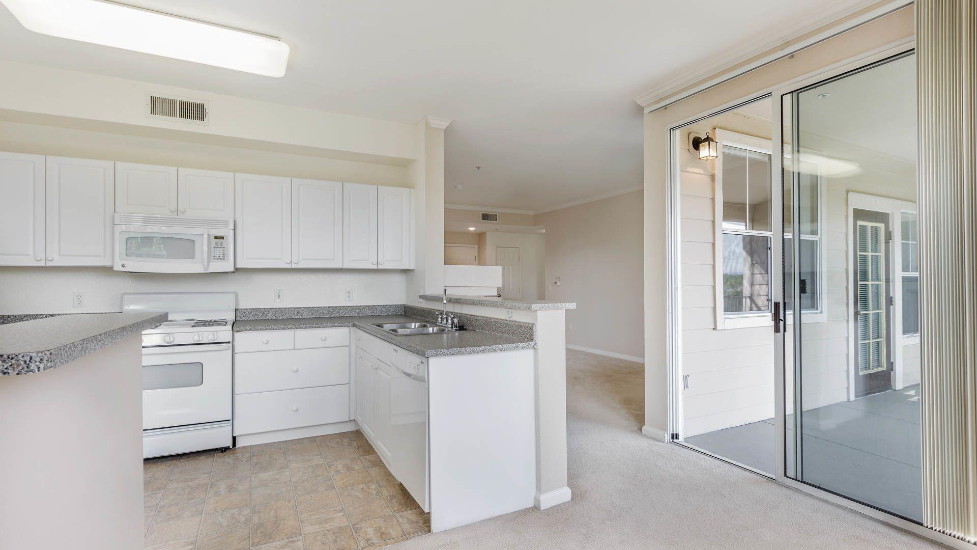 Park Hacienda Apartments in Pleasanton - 5650 Owens Drive ...