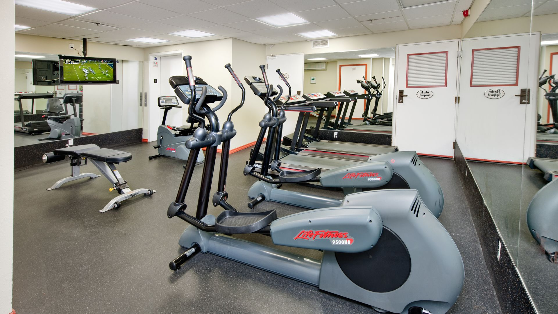Citrus Suites - Fitness Center