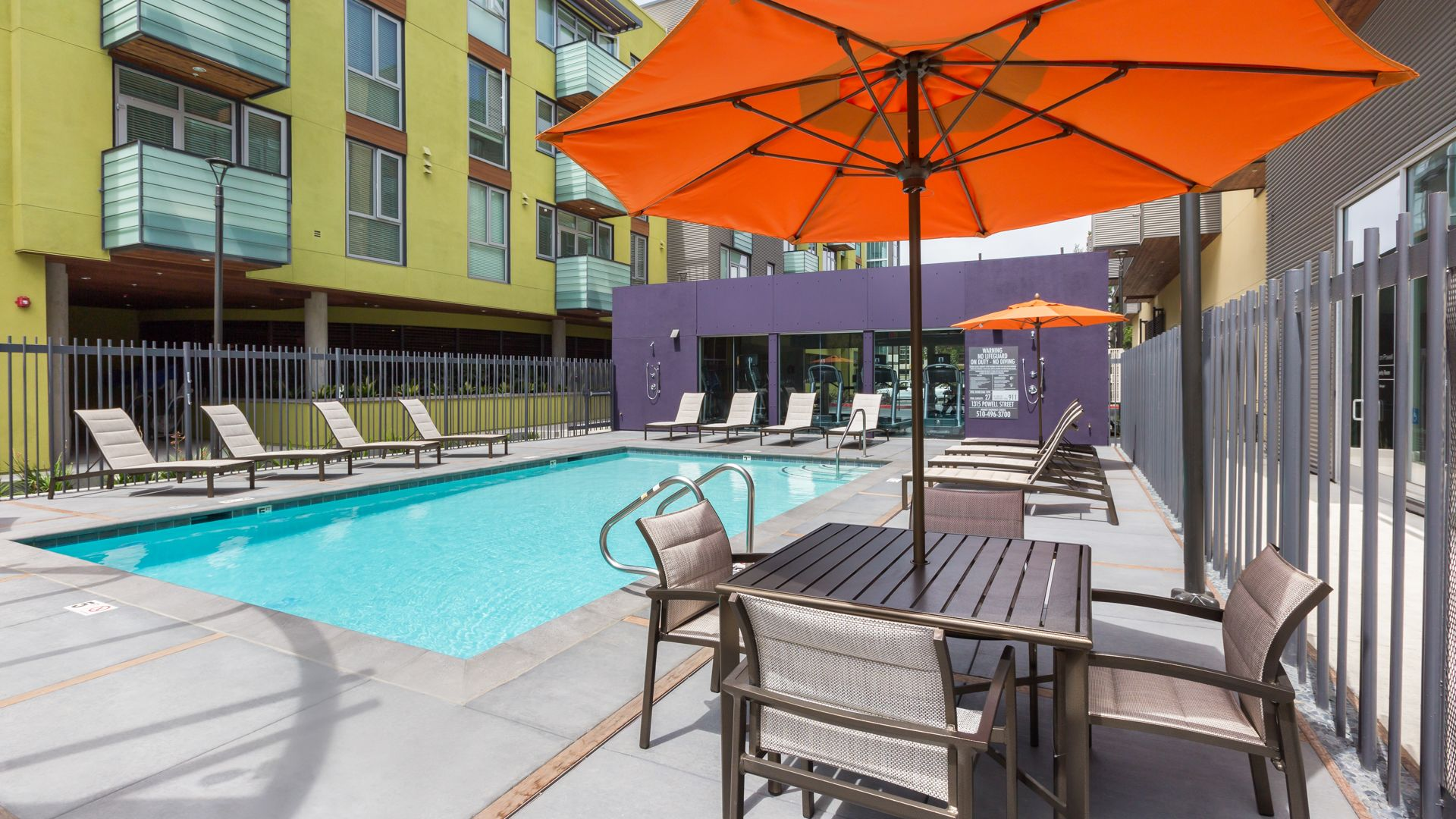 Parc on Powell Apartments - Pool