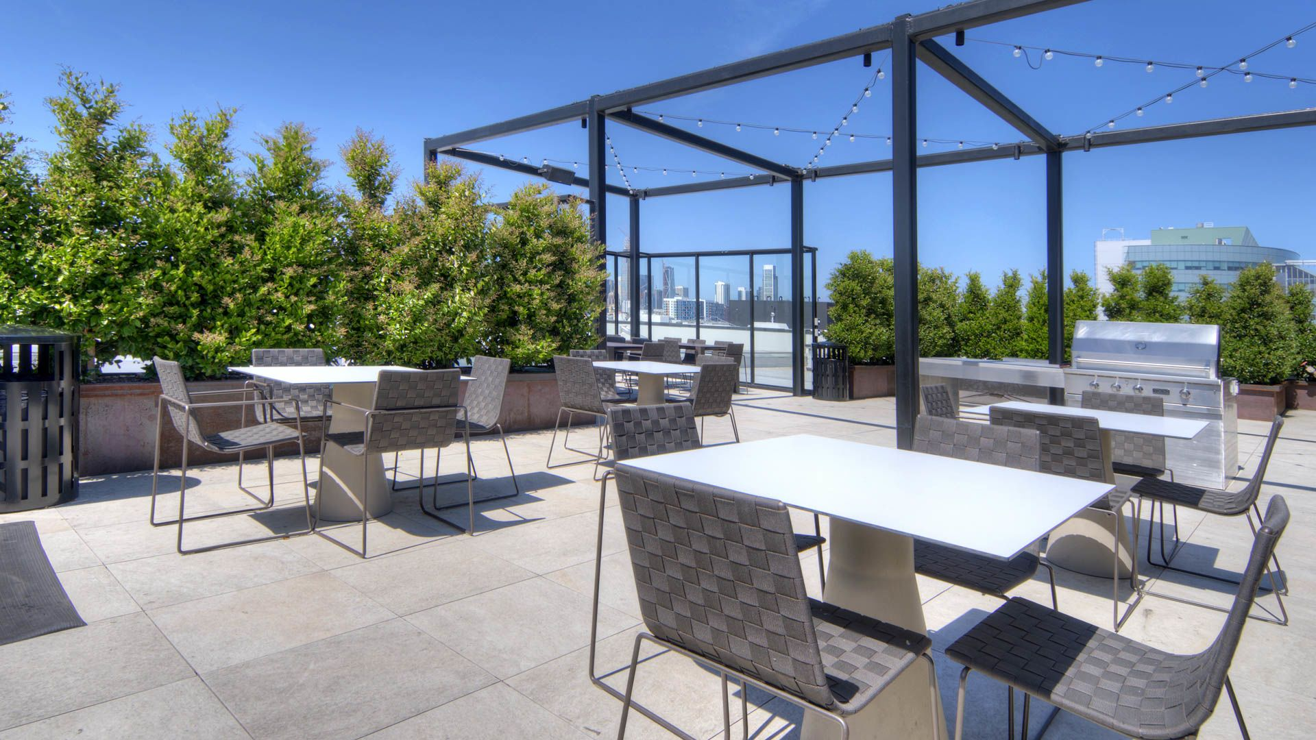 Potrero 1010 Apartments - Rooftop Deck