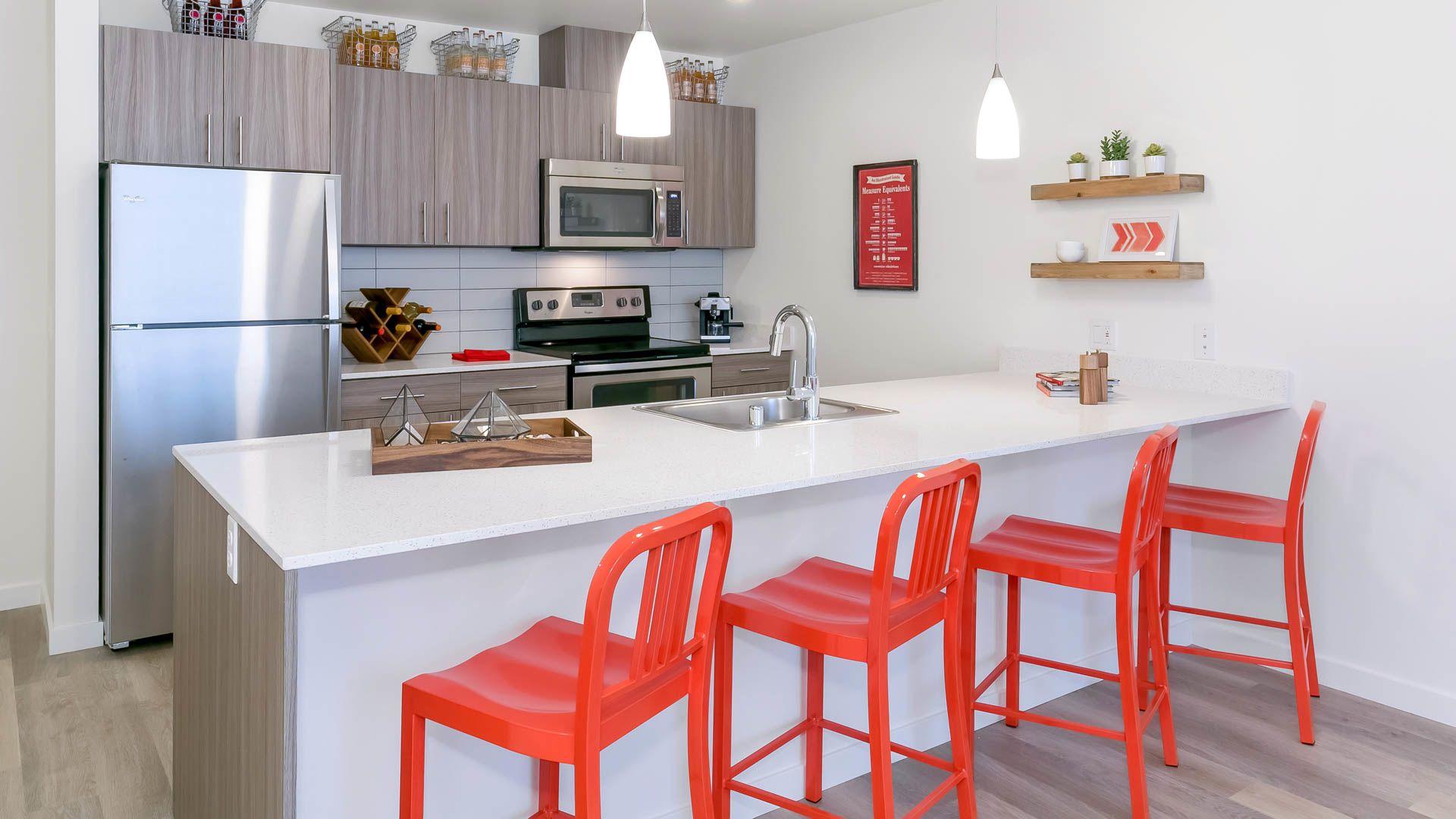Springline Apartments - Kitchen