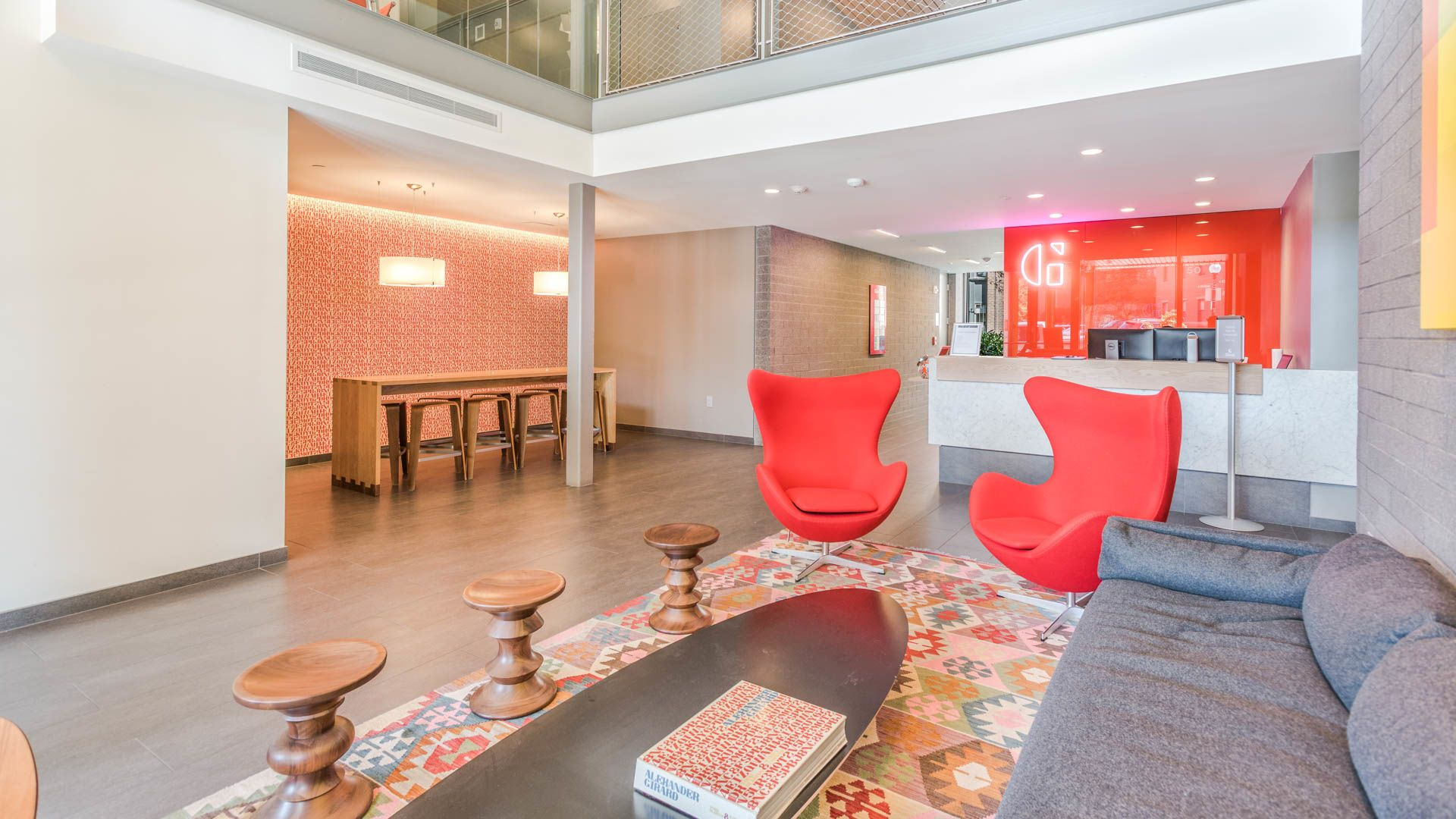 Girard Apartments - Lobby