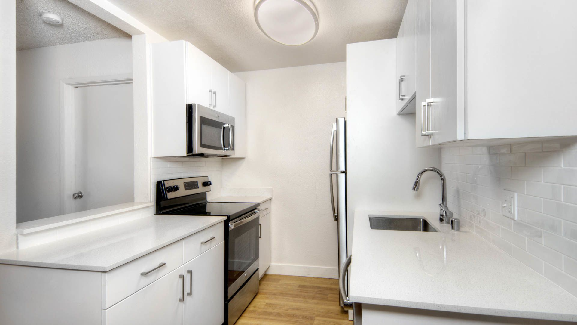 Arbor Terrace Apartments - Kitchen