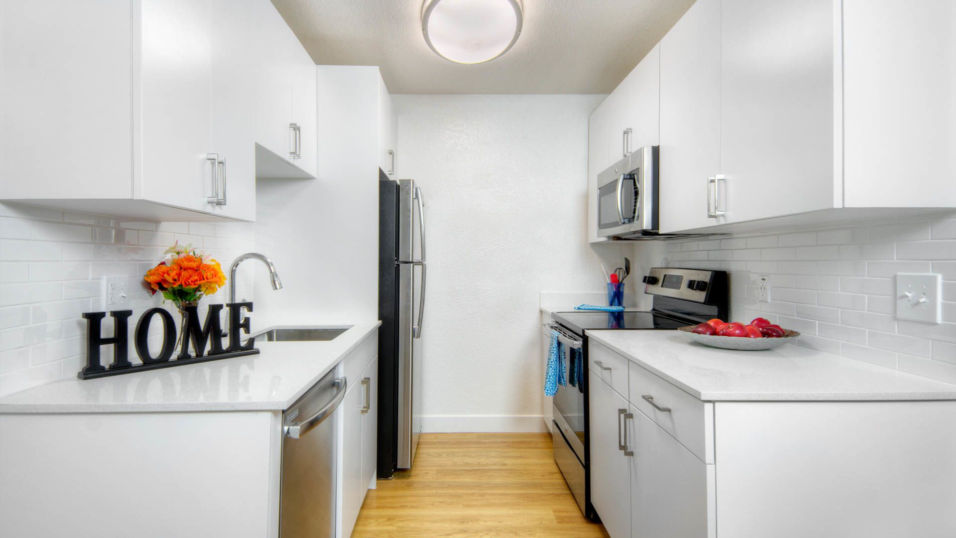 Arbor Terrace Apartments - Kitchen