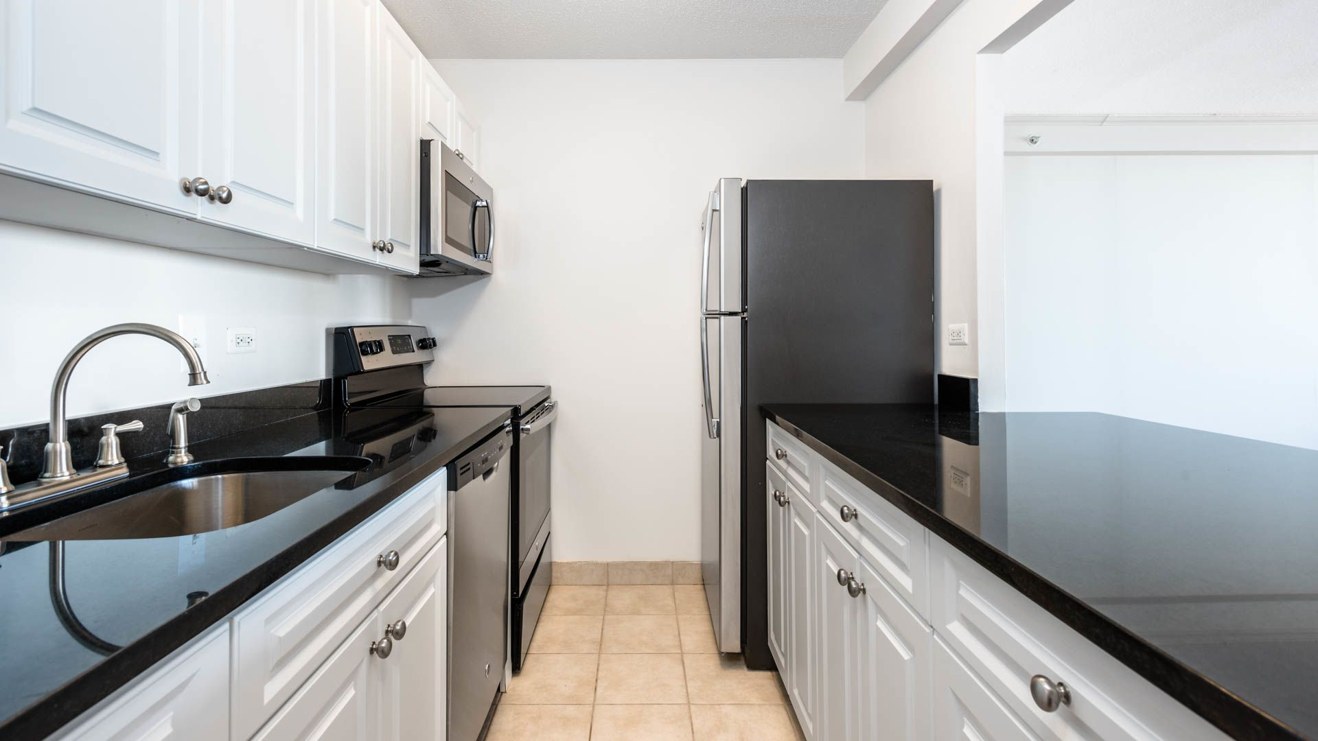 Towers at Longfellow Apartments - Beacon Hill - 72 Staniford Street ...