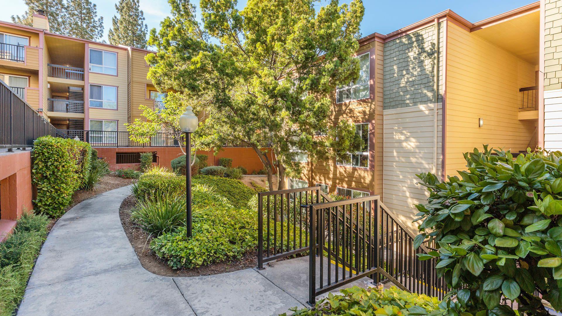 Northridge Apartments - Grounds