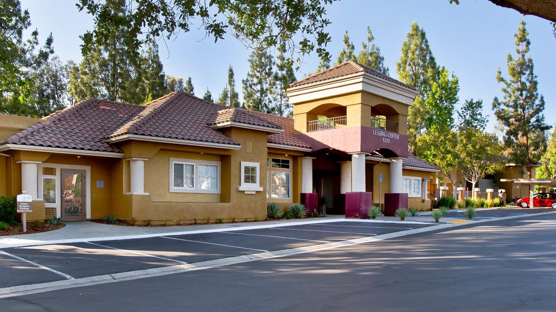 Brilliant Oak Park Apartment Homes Oak Park Ca 5325 Oak Park Lane Largest Home Design Picture Inspirations Pitcheantrous