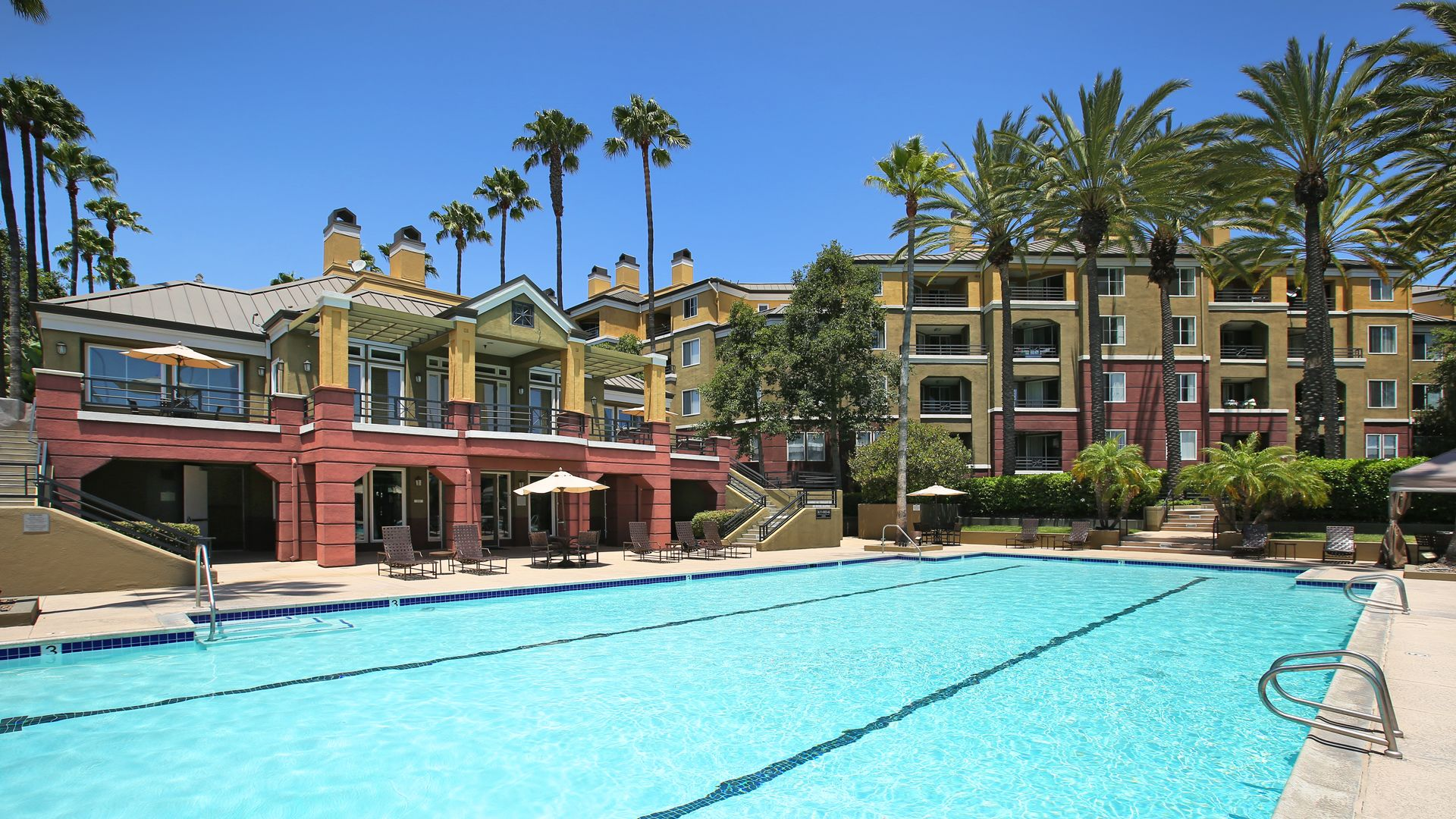 Toscana Apartments - Swimming Pool