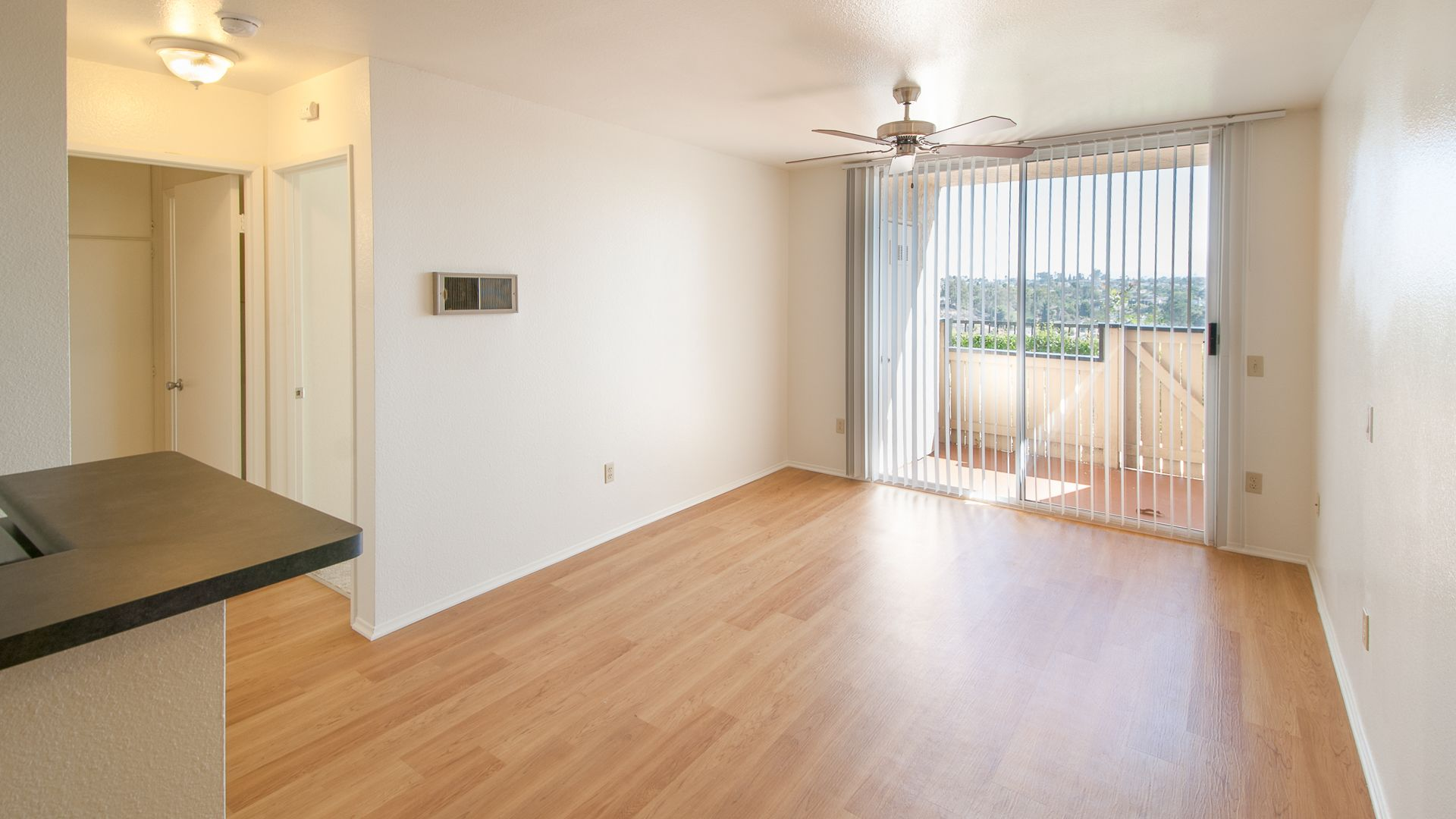 Canyon Ridge Apartments - Living Room