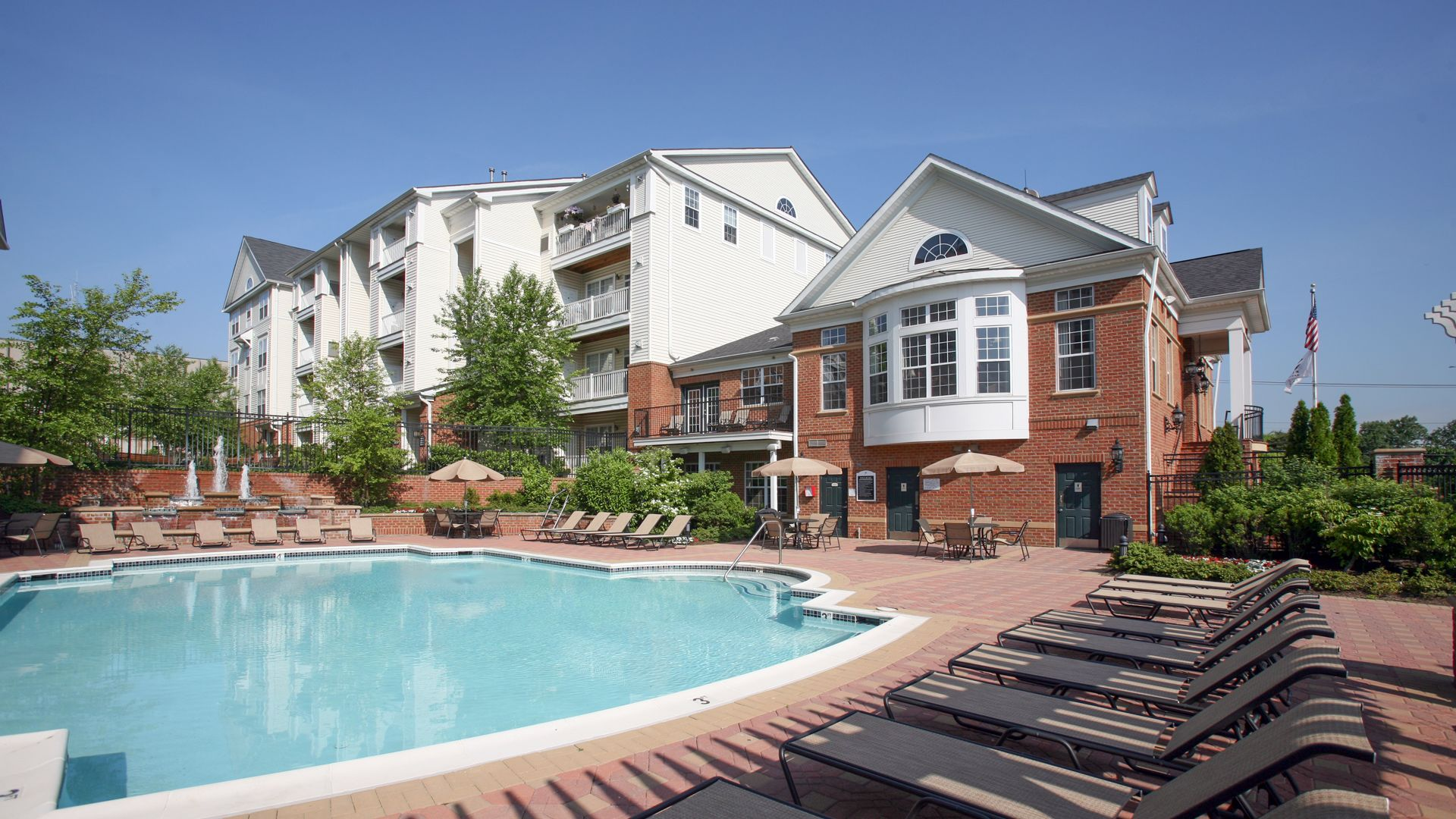 The Reserve at Eisenhower Apartments - Swimming Pool