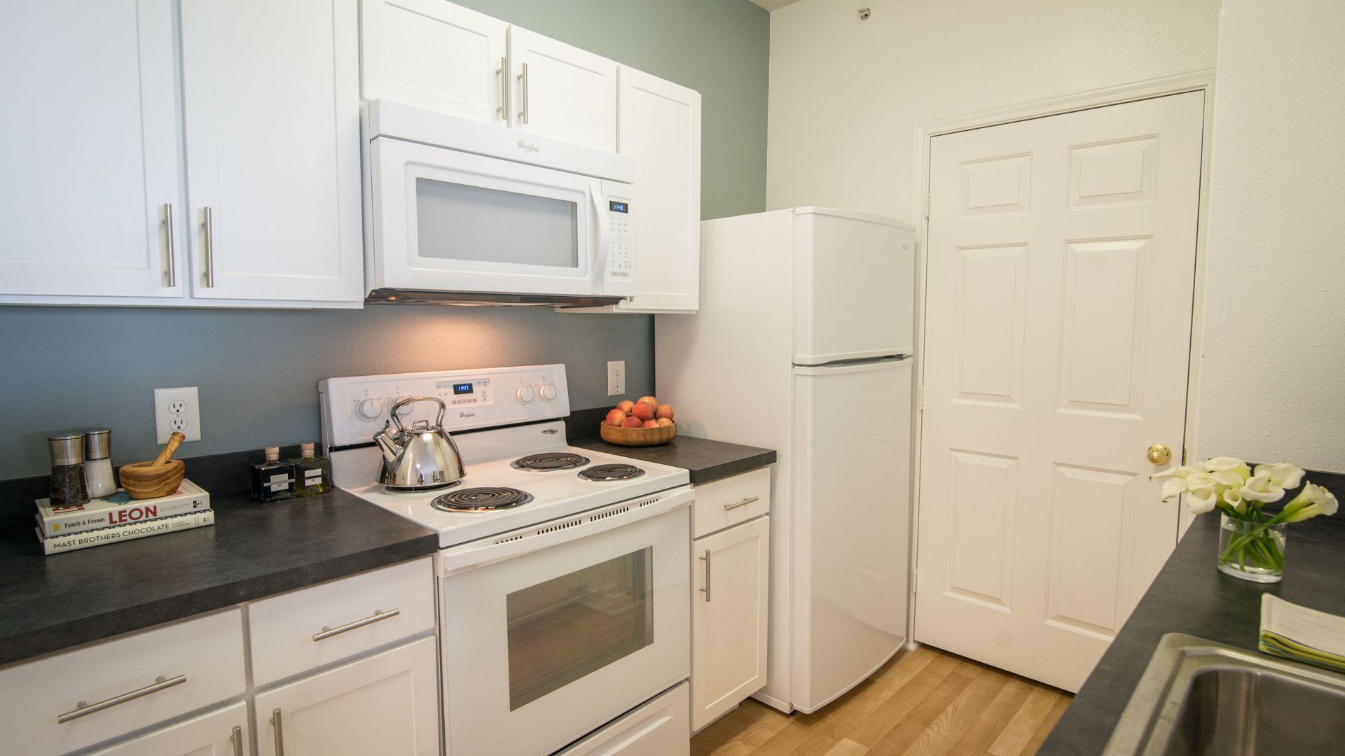 Liberty Park Apartments - Kitchen