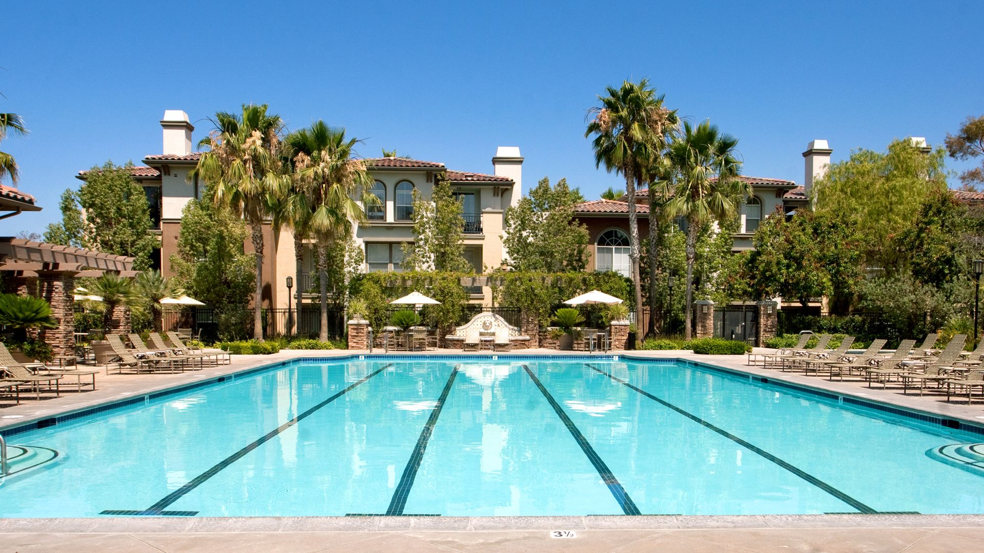 The Oaks Apartments - Swimming Pool