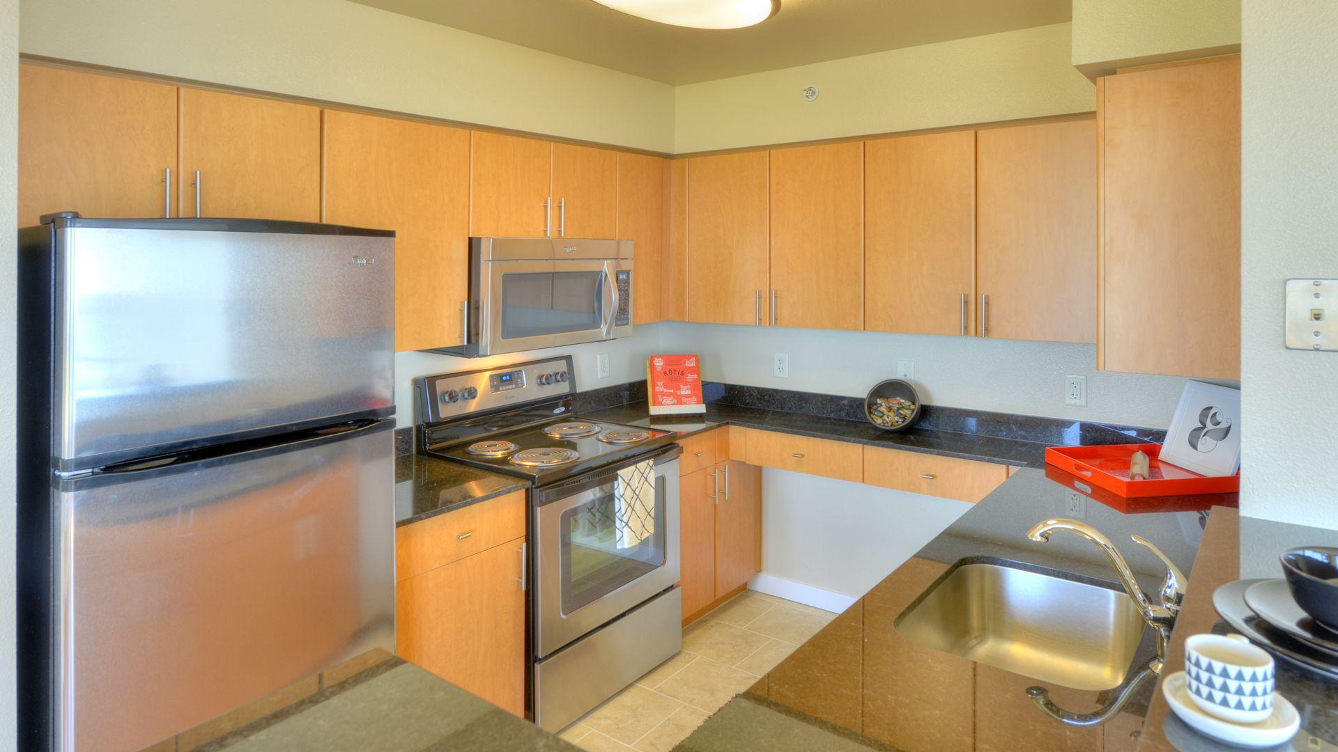 Olympus Apartments - Kitchen