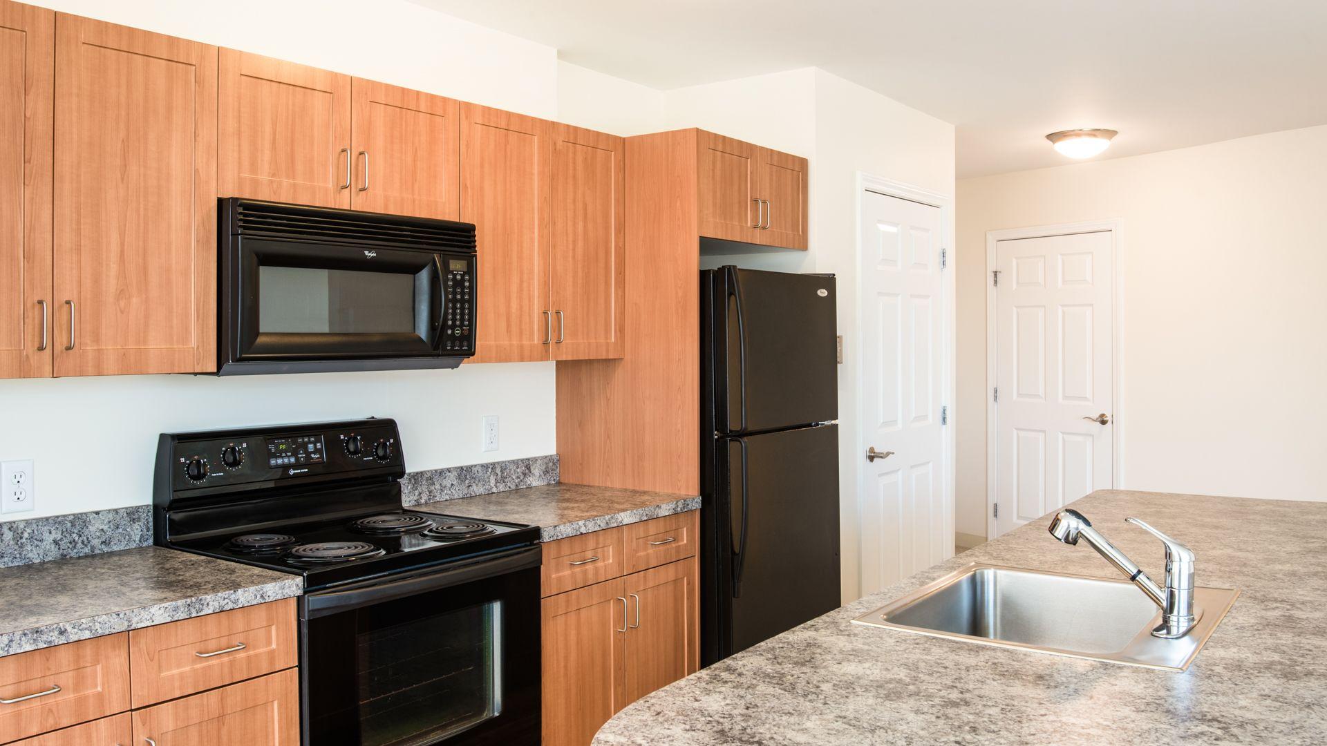 Longview Place Apartments - Kitchen