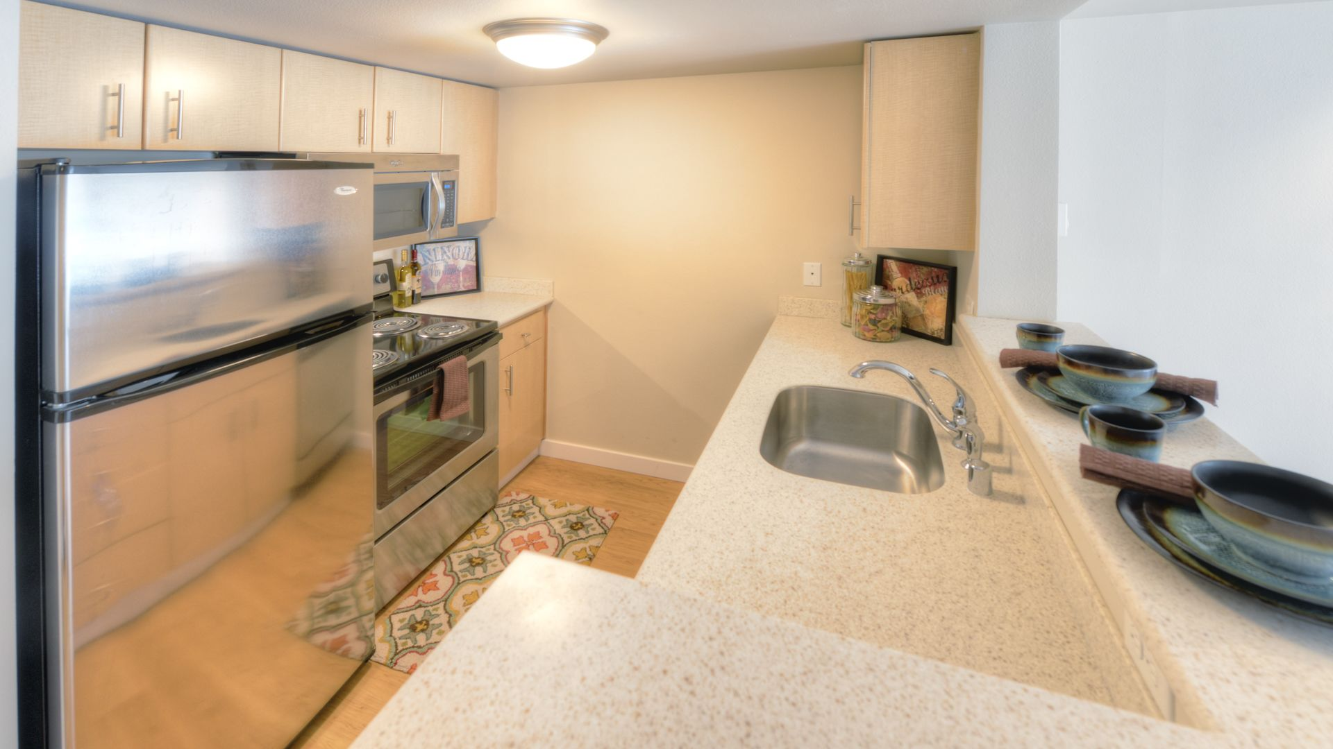 Centennial Tower and Court Apartments - Kitchen