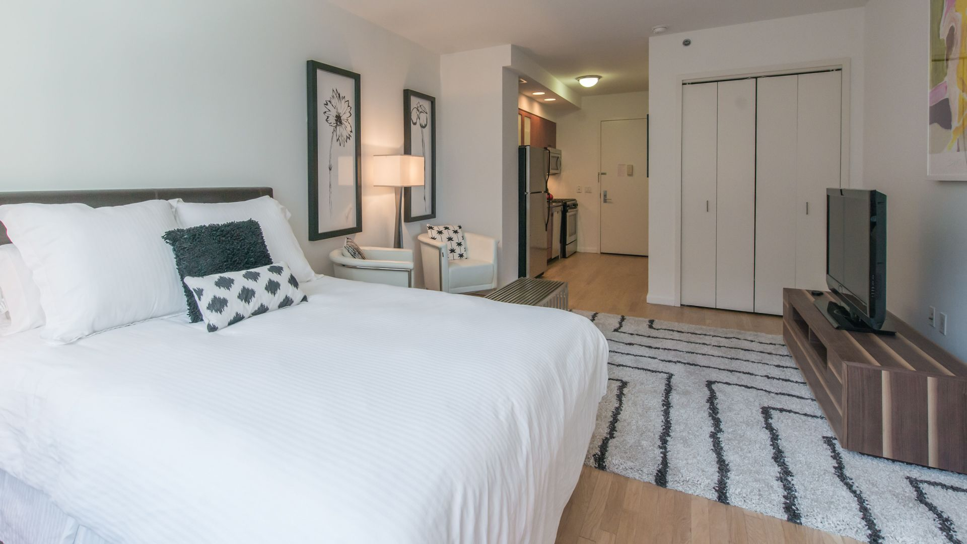 600 Washington Apartments - Studio