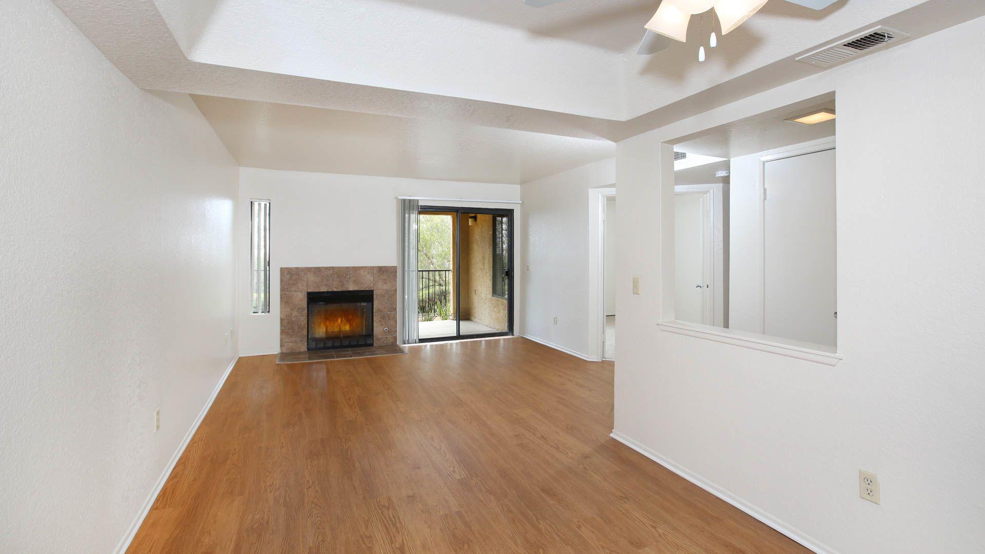 Eagle Canyon Apartments Living room
