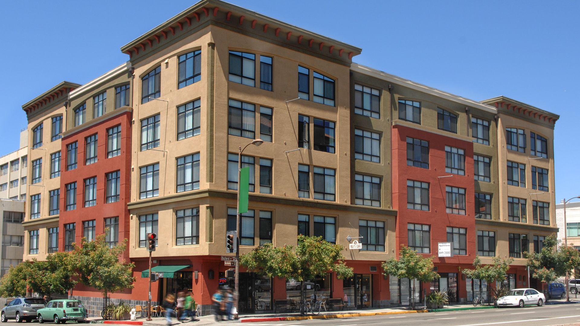 Berkeleyan Apartments - Building