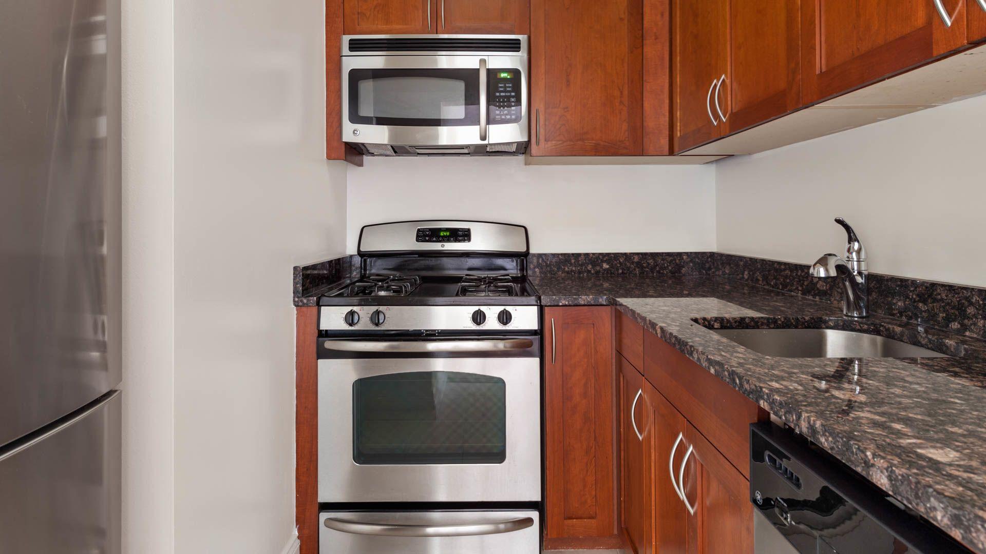 Parc 77 Apartments - Kitchen