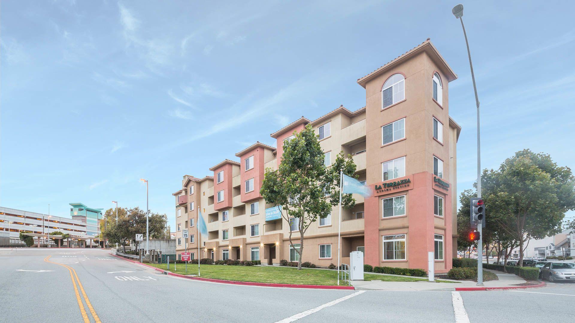 La Terrazza Apartments - Exterior