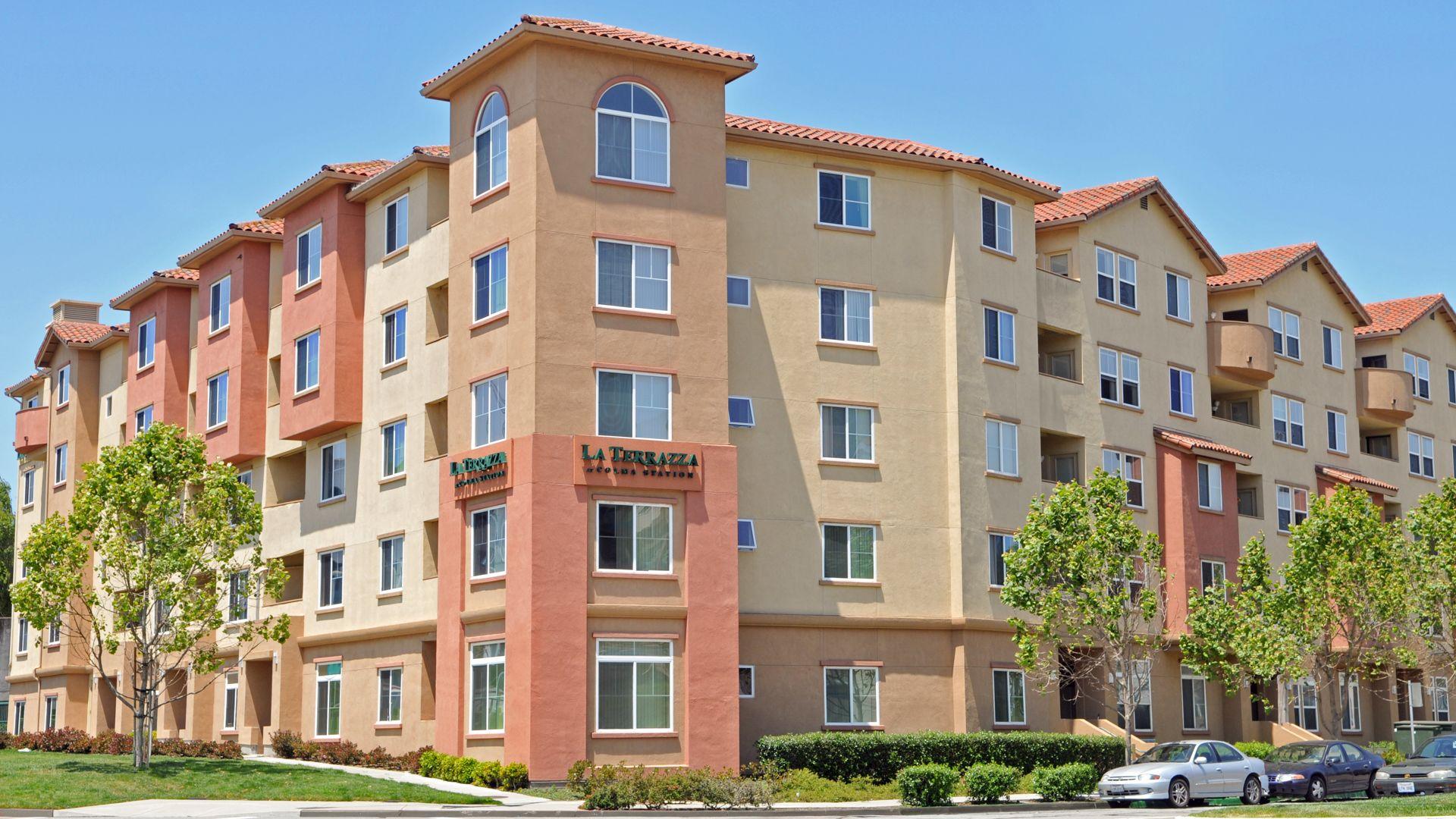 La Terrazza Apartments - Building